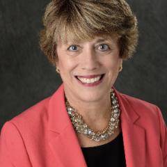 Dr. Susan Dunn Headshot